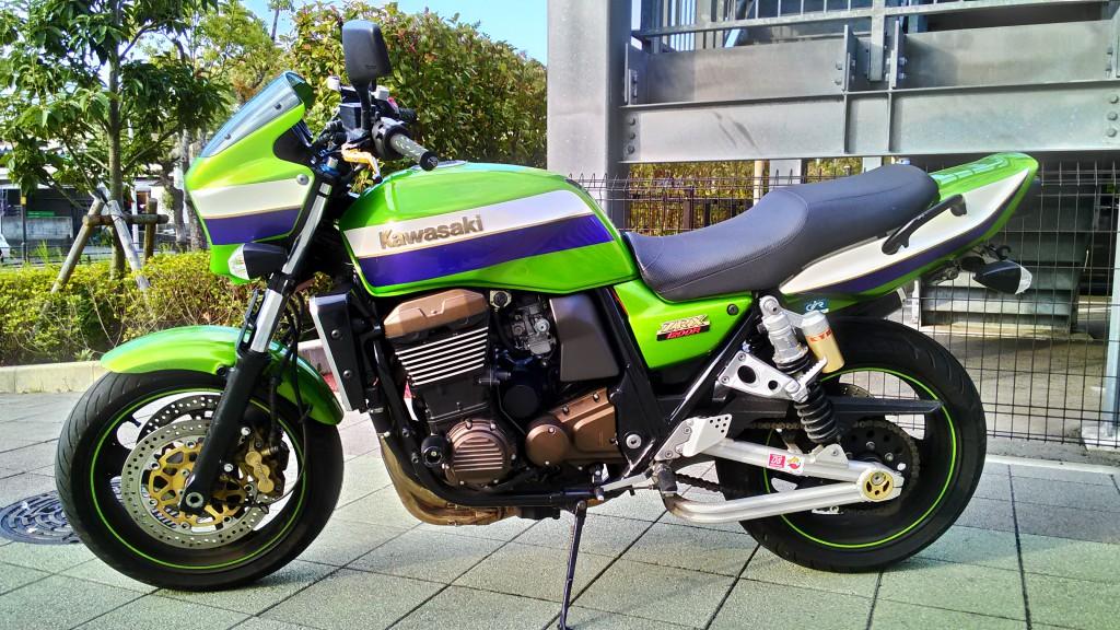 ZRX1200R_02